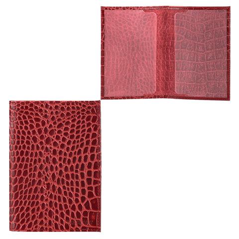 Обложка для паспорта FABULA «Croco Nile», натуральная кожа, тиснение «крокодил», красная