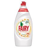 Средство для мытья посуды, 900 мл, FAIRY (Фейри) «Нежные руки», «Ромашка и витамин Е»